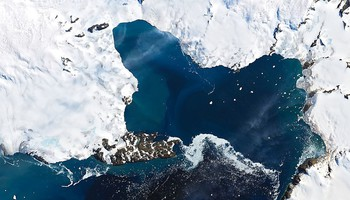 I ghiacci antartici visti dallo spazio (fonte: NASA Goddard Photo and Video) (ANSA)