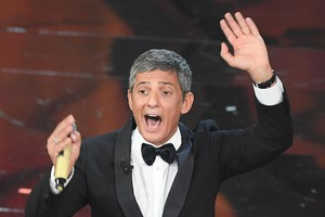 Italian showman Rosario Fiorello on stage during the 68th Sanremo Italian Song Festival at the Ariston theatre in Sanremo, Italy, 06 February 2018. The 68th edition of the television song contest runs from 06 to 10 February.   ANSA/CLAUDIO ONORATI (ANSA)