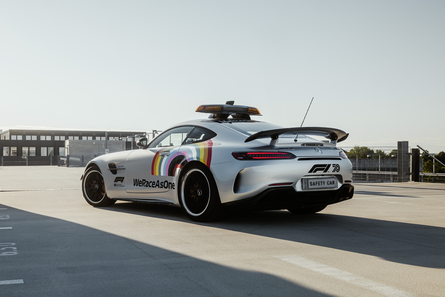 F1, la safety car si rinnova  © Ansa